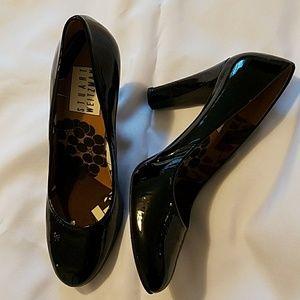 EUC Stuart Weitzman Black Patent Leather Heels